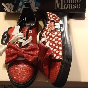 Disney Minnie Mouse Sneakers NWT